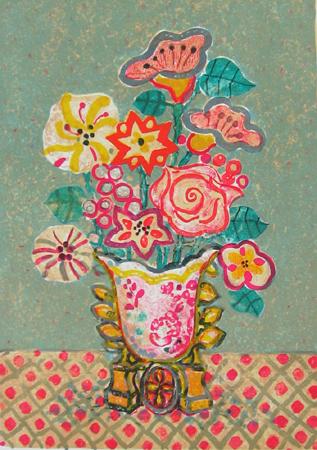 緑の背景の陶器の花瓶の花束