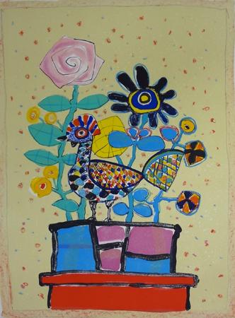 ベージュの背景の鳥のいる花束